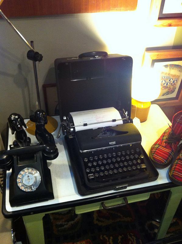 royaltypewriter-kingston