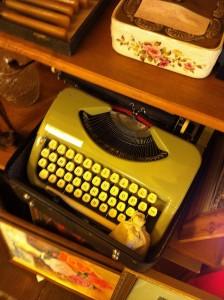 typewriter3-kingston